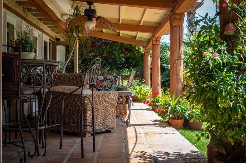 Jak przygotować podwórko na przyjście lata?